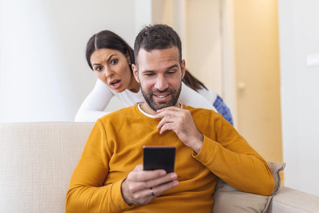 How to flirt on line